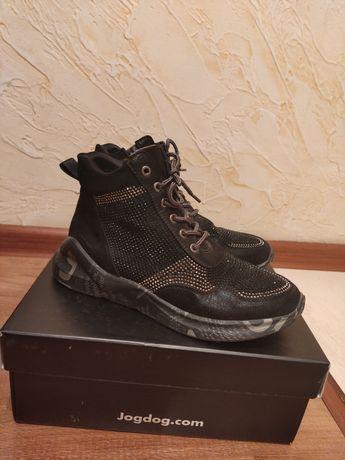 Осенние ботинки .