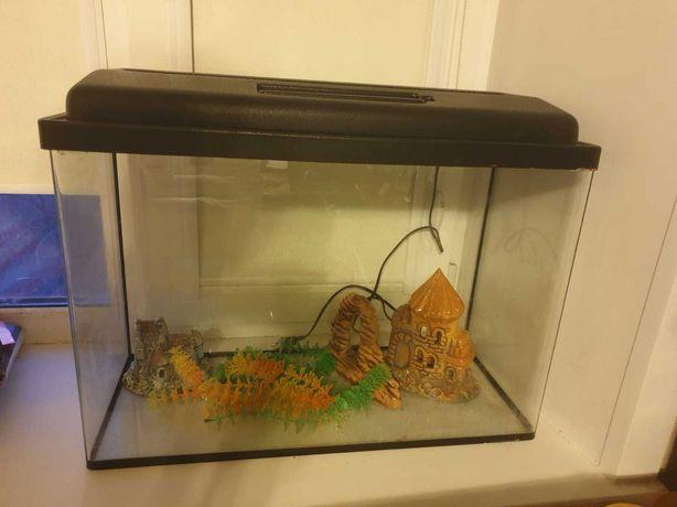 Продам аквариум 70 л.
