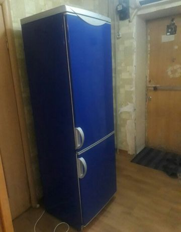 Тез арада холодильник сатылады жаксы жасап тур документпен