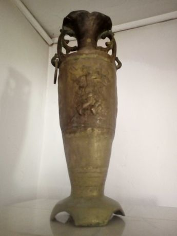 Amfora bronz  antica Renaștere vintage clasica