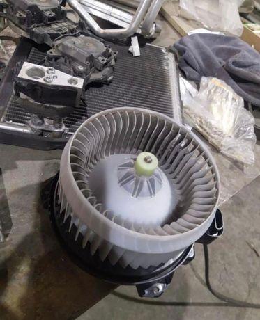 Вентилятор печки от камри 50