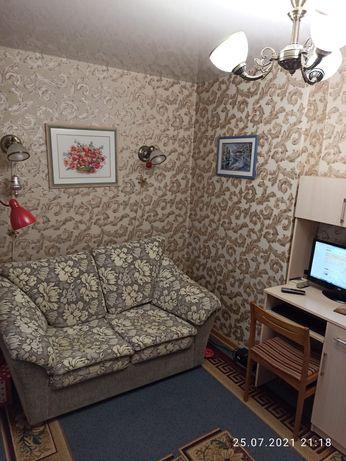 Продаётся 1-комнатная квартира возле Артема