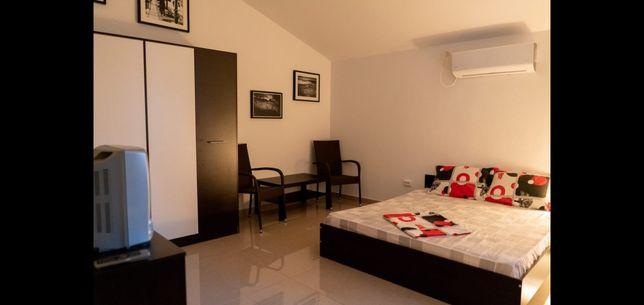 Inchiriez camere in vila pentru studenți