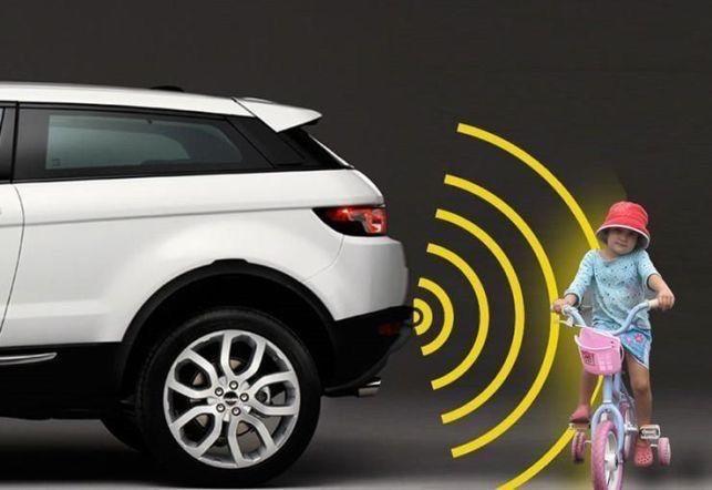 Senzori parcare auto cu display Digital  Pretul cu montaj