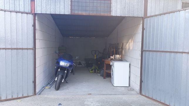 Garaj De Vanzare Centru