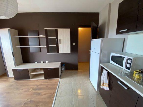 Двустаен апартамент в центъра на Сарафово