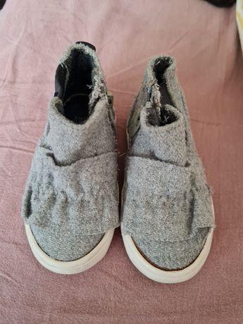 Детски/бебешки обувки /боти Зара 18