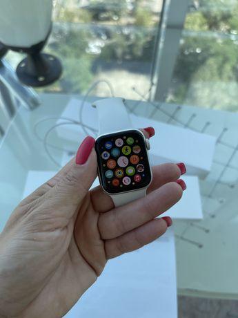 Продам AppleWatch 6 40mm