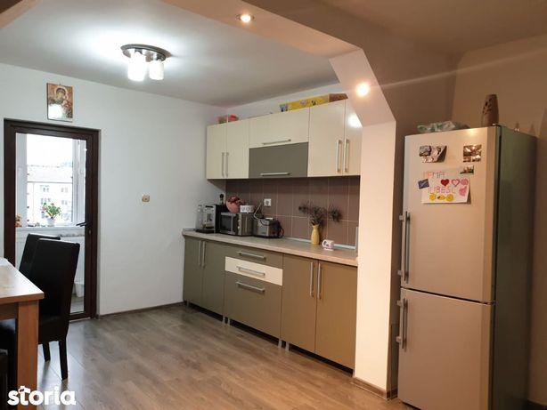Apartament 3 camere 70 mp str. Crisan mobilat utilat 58.500 Euro
