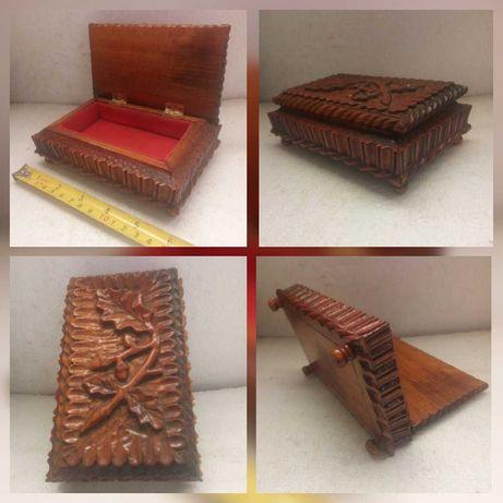 Caseta lemn sculptat veche unicat