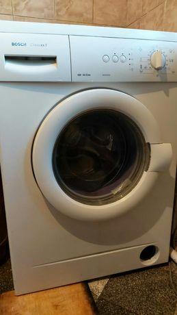 Продам стиральную машину на запчасти .