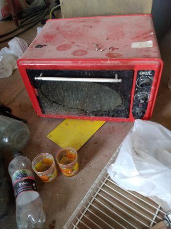 Акель печка рабочий надо помыть