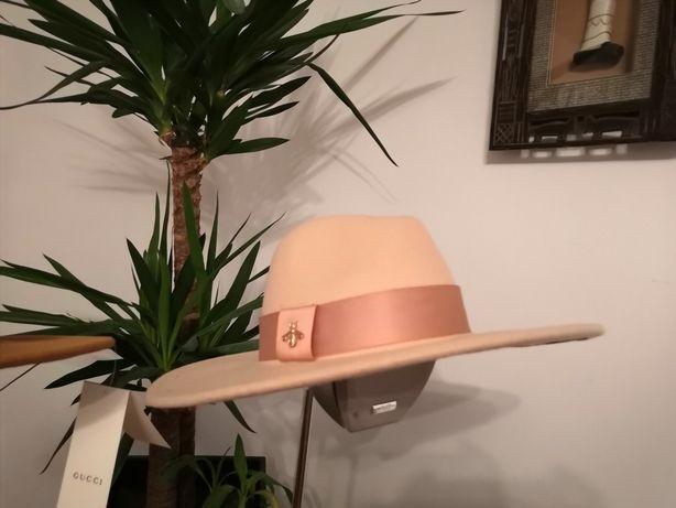 Pălării Gucci/P rada