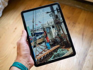 Продам iPad Air 4 256Gb в идеальном состоянии с полным комплектом
