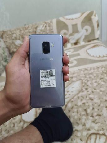 Продается Samsung galaxy A8