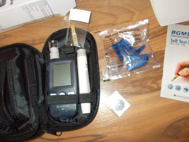 glucometru NOU,aparat de masurat glicemia CODEFREE,plus accesorii