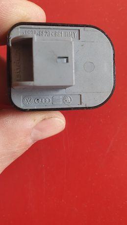 Buton audia4b8.  Model 2010.Zona Bucuresti si ilfov.predare