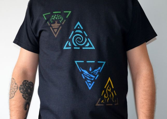 Tricouri pictate manual - Magazinul tau de tricouri online