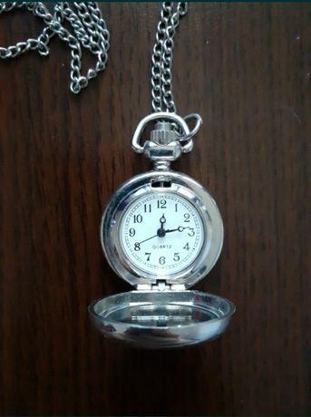 Colier pandantiv ceas