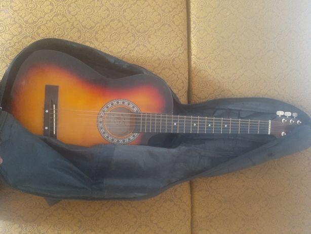 Гитара не дорого
