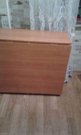 Стол раздвижной в отличном состояний, размер  160×80, цена 12800