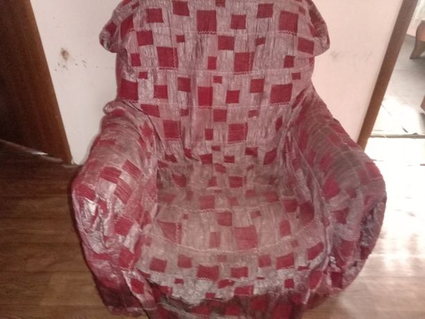 Мебель диваны и кресло