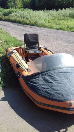 Лодка резиновая, надувная