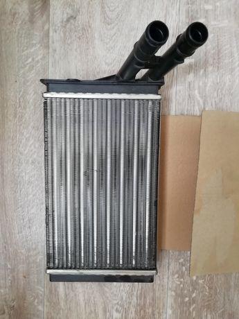 Радиатор печки AUDI 80 B4