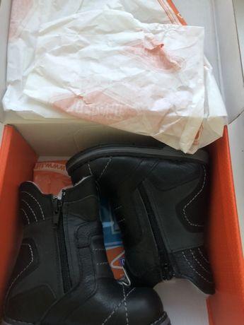 Продам новые детские зимние ботинки, 21 размер, производство Турция