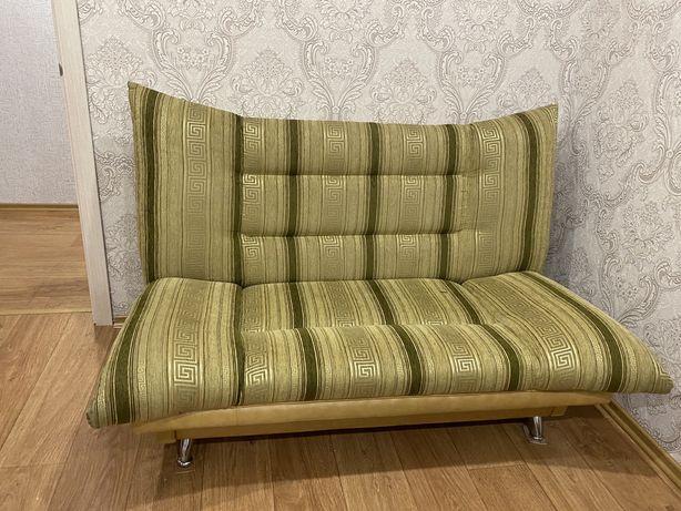 Продам тройка диван