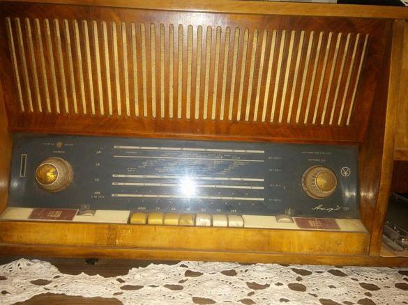 Антики, Радио - грамофон Акорд 101 , телевизори Мургаш и Фотон