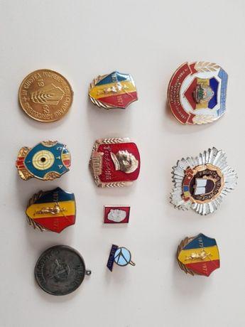 Medalii si decoratii