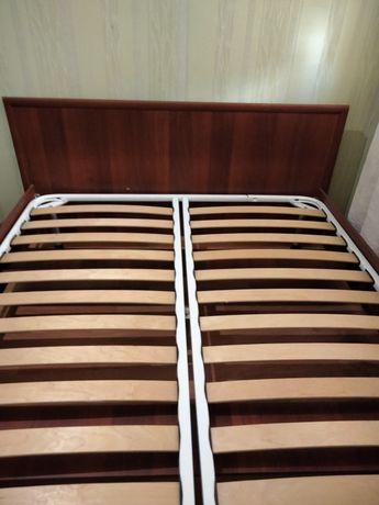 Екі адамдық кровать