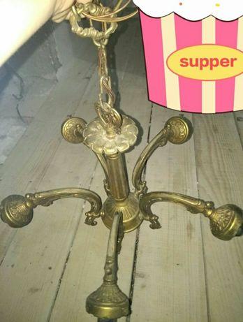 Vând candelabru vechi