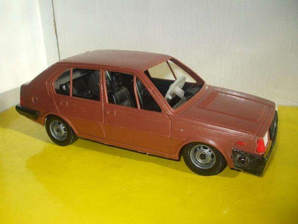 Masinuta veche Stahlberg Volvo 345 GLS