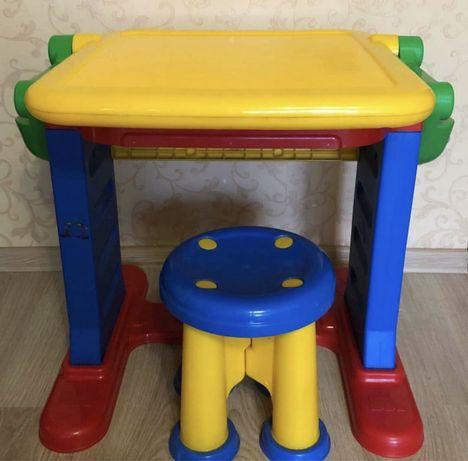 Продается детский стол-трансформер