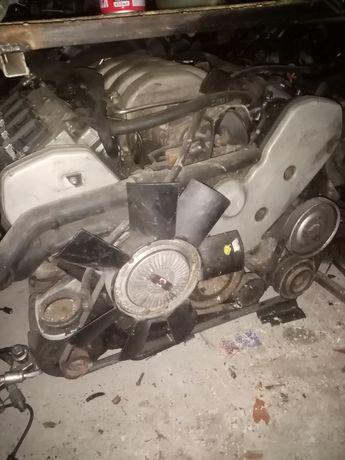 Двигатель на Audi A8, D2 3.7л из Германии