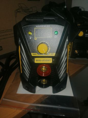 Инверторен IGBT Електрожен MMA 250 HT 50 Hz Anti Stick ЖЪЛТ
