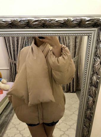 Куртка необычная.L