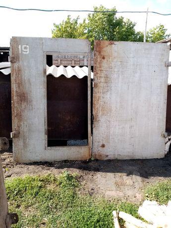 Ворота гаражные железные