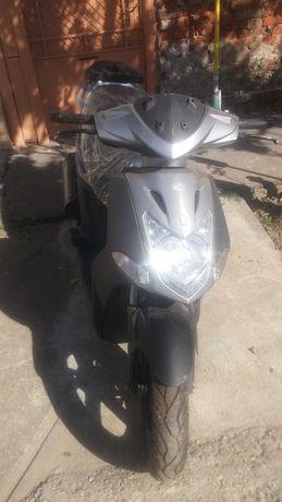 Vând motociclu KYMKO AGILITY CITY 125