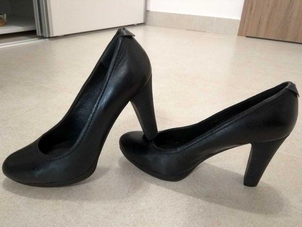 Pantofi cu toc piele naturala, marimea 36