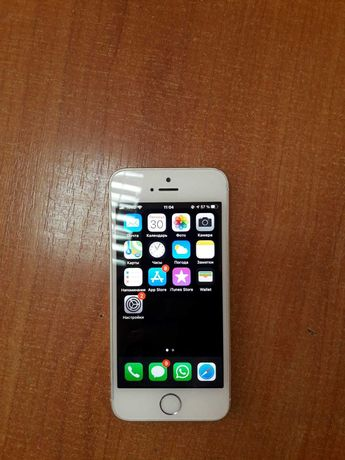 Продаю Айфон 5С (SE)
