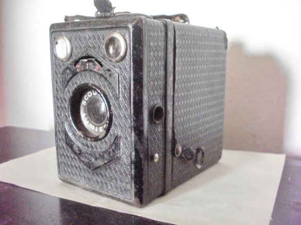 Метален фотоапарат
