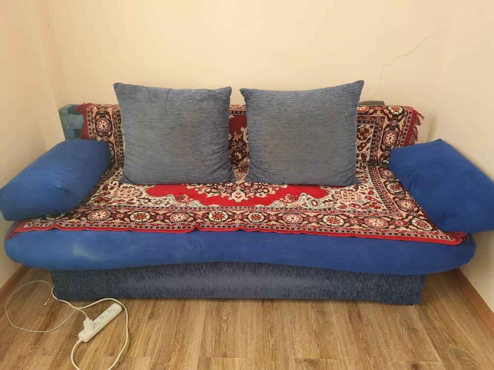 Продается диван жля зала