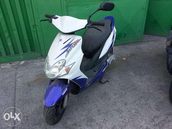Мотоциклет,скутер Ямаха Джок-Р(Yamaha JogR)-50-на части