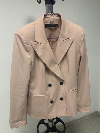 Пиджак женский от Zara