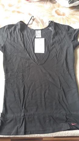 Дамска тениска Найк