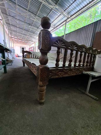 Тапчан деревянный