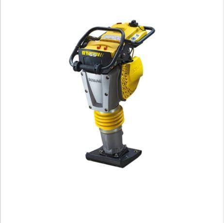 Inchiriez mai compactor  200 LEI/ZI